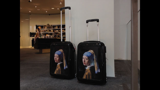 Girl With A Pearl Earring suitcases