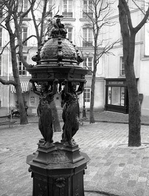 Drinking fountain, Paris