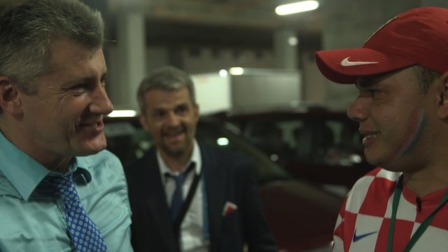 Croatian fan meets Davor Suker