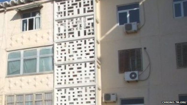 Air conditioning units on the outside of buildings in Turkmenistan
