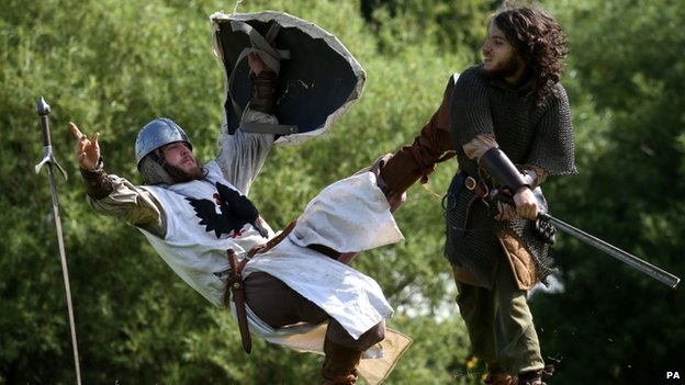 Dave Ramsey (left) and Liam Varga from the Clanranald Trust enacting the Battle of Bannockburn