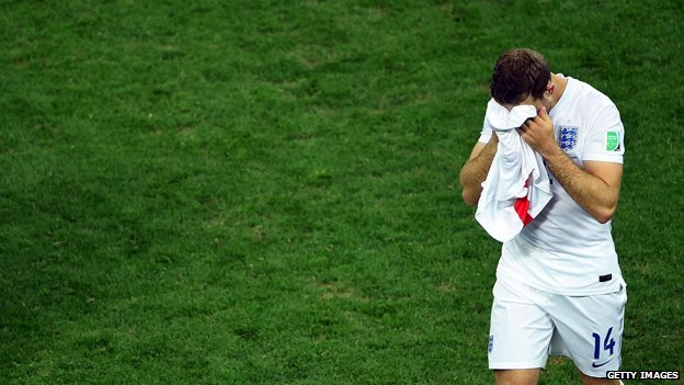 Jordan Henderson walks off field at end of England defeat by Uruguay