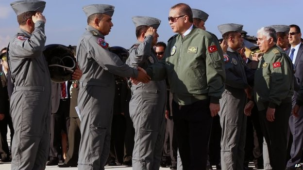Turkish Prime Minister Recep Tayyip Erdogan meets Turkish air force pilots (10 June 2014)