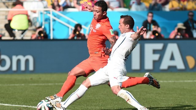 Memphis Depay scores for the Netherlands