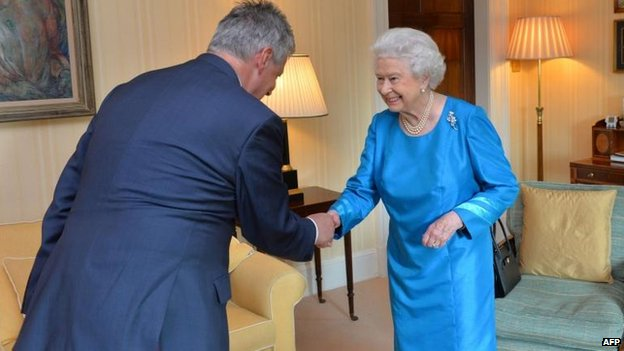 Peter Robinson meets the Queen