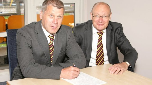 James Lowes (left) with Bradford managing director Steve Ferres