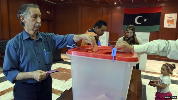 A Libyan man in Tunis casts his vote