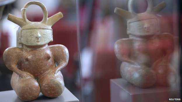 Pre-Colombian archaeological art displayed in Madrid