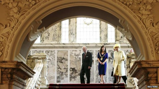 The Royal couple being shown around Belfast City Hall by Lord Mayor Nichola Mallon