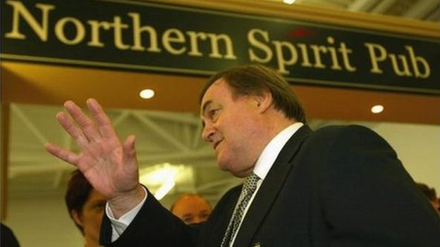 John Prescott at Newcastle Airport, campaigning for a 'Yes' vote in the 2004 northeast regional assembly referendum