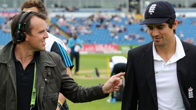 Graeme Swann and England captain Alastair Cook