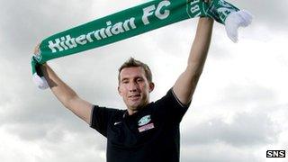 Hibs boss Alan Stubbs