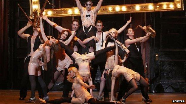 Cabaret cast