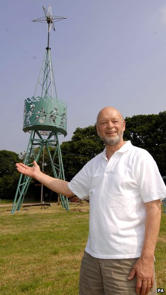 Michael Eavis and the newly renamed Benn Tower of Strength