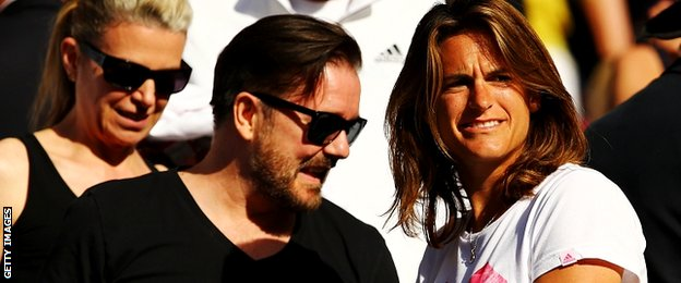 Ricky Gervais and Amelia Mauresmo