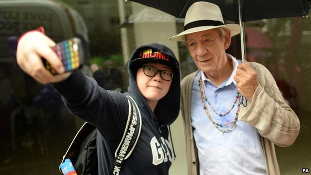 Sir Ian McKellen poses for a selfie
