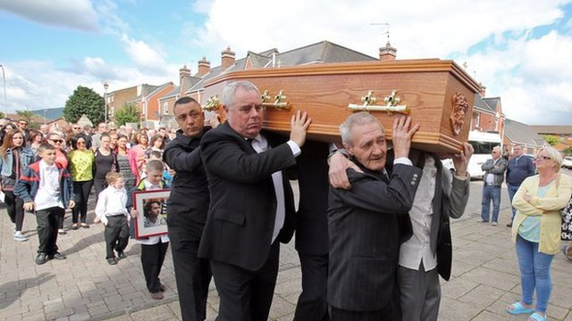 Paddy Hill of the Birmingham Six was among the mourners who helped to carry the coffin of Gerry Conlon