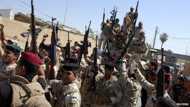 Iraqi security forces outside Samarra - 26 June