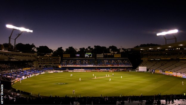England and New Zealand play under lights at Eden Park in 2002