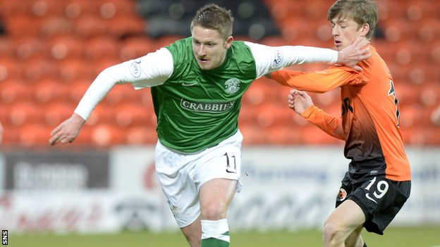 Former Hibernian midfielder Paul Cairney has moved to Kilmarnock