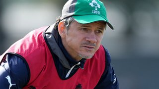 Les Kiss will combine his duties with Ireland and Ulster