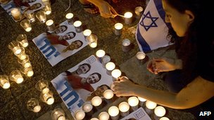 Candles lit for abducted teens in Rabin Square, Tel Aviv. 30 June 2014