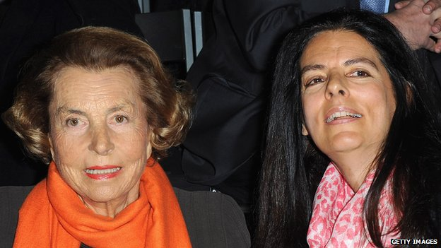 Liliane Bettencourt and her daughter Francoise (file pic 2012)