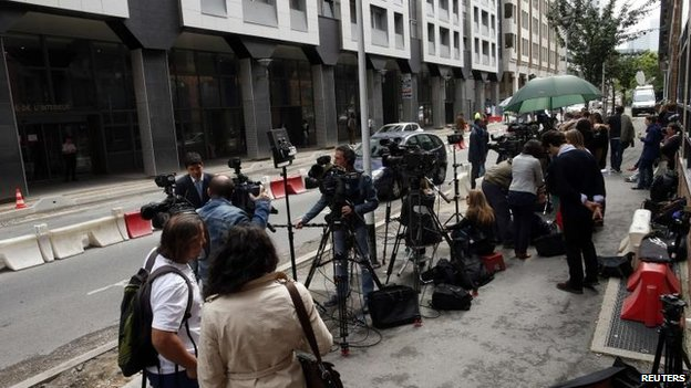 Media at the Nanterre offices, 1 July