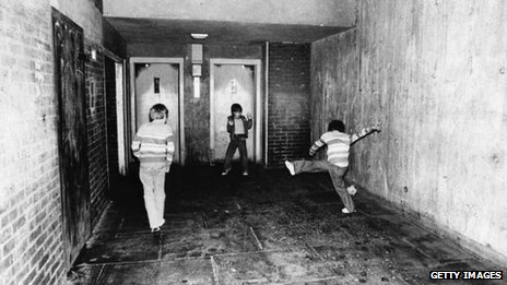 East London kickaround, 1978