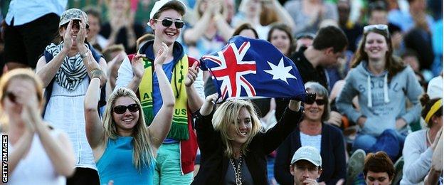 Australian fans