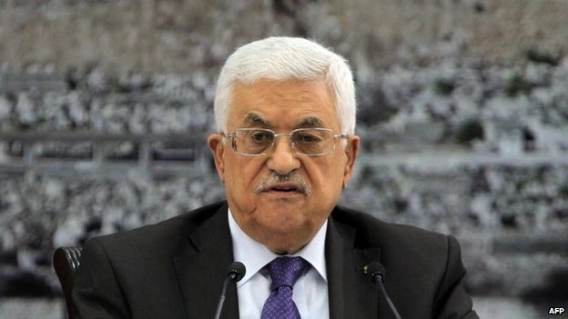 Palestinian leader Mahmoud Abbas chairs an emergency meeting with his leadership in the West Bank city of Ramallah, 1 July 2014