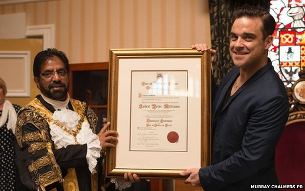 Robbie Williams receives the freedom of Stoke-on-Trent