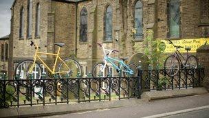 bikes sculptures