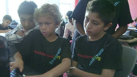 Children working together at the Incubator school