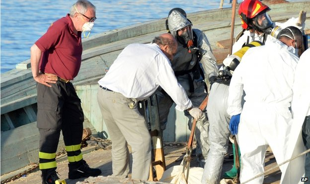 Body recovered at the port of Pozzallo (1 July)