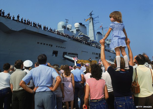 The HMS Invincible returns to Portsmouth, carrying British troops home from the Falklands War, 17th September 1982