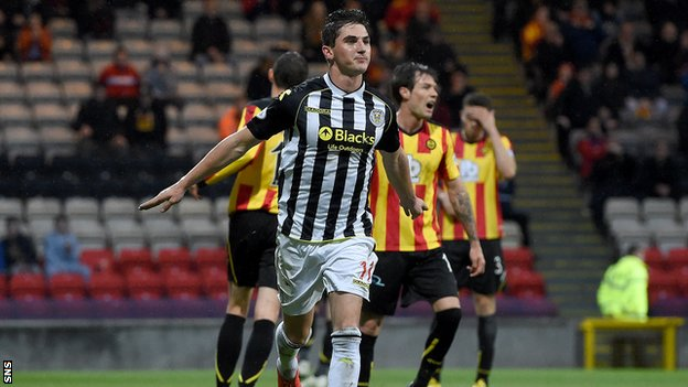 Kenny McLean has signed a two-year deal with St Mirren