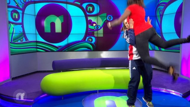 CBBC Newsround - Weightlifter Rebekah Tiler lifts Newsround presenter ...