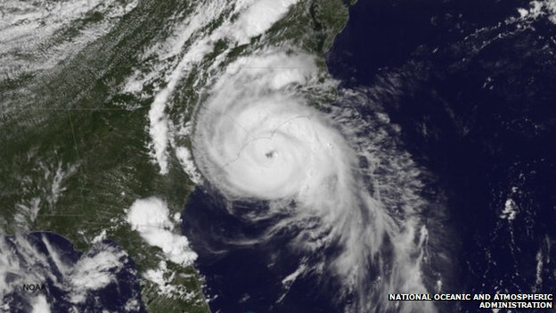Hurricane Arthur Loses Strength Bbc News