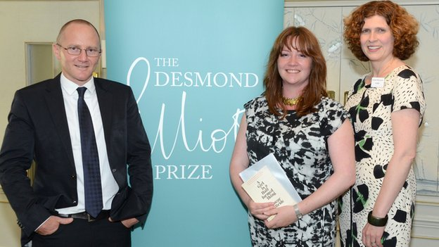 Eimear McBride (centre) with Chair of Judges Chris Cleave and fellow judge Isabel Berwick