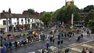 crowds in skipton