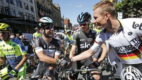 riders in tour de france