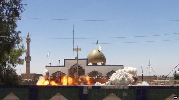 Shia Saad bin Aqeel Husseiniya shrine explodes in Tal Afar, Iraq.