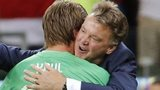 Tim Krul and Louis van Gaal