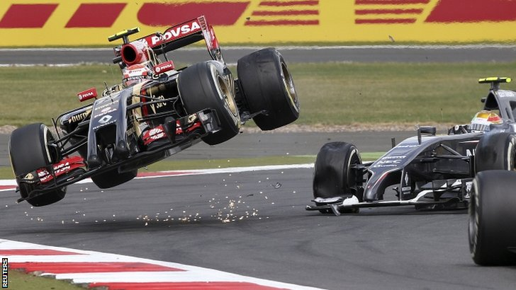 "Pastor Maldonado and Esteban Gutierrez have a ""coming-together"""