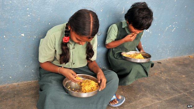 essay on poverty line in india Poverty is one of the biggest problems in india this essay highlights the causes, effects and offers solutions to fight poverty in india.