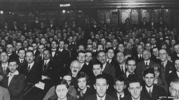 A 1935 theatre audience