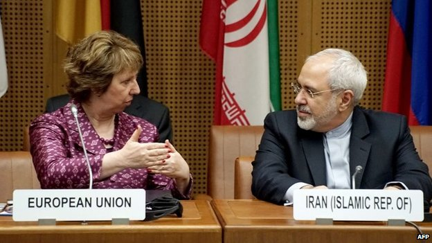 Vice President of the European Commission Catherine Margaret Ashton (L) and Iranian Foreign Minister Javad Mohammad Zarif