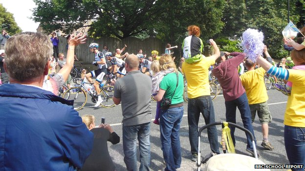 Crowds watching Le Tour