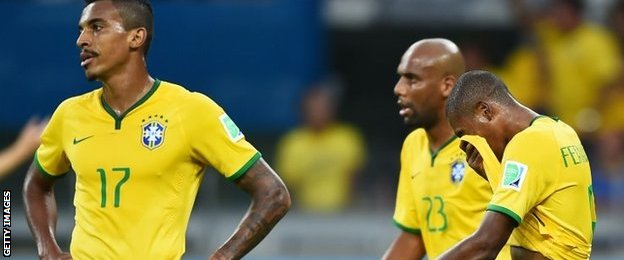 Luiz Gustavo, Maicon and Fernandinho